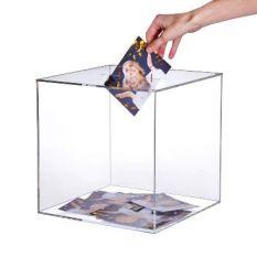 Plexiglas box 300 x 300 x 300mm met gleuf